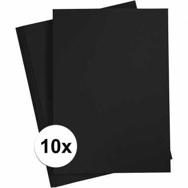 10x zwart kartonnen vel a4