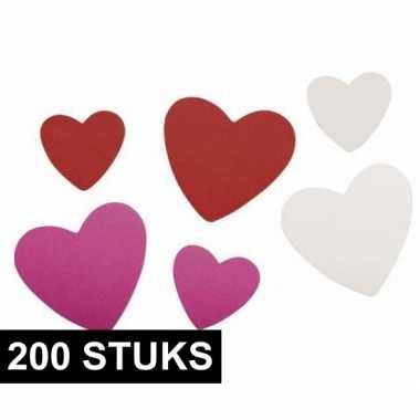 200 x foam rubberen hartjes zelfklevend
