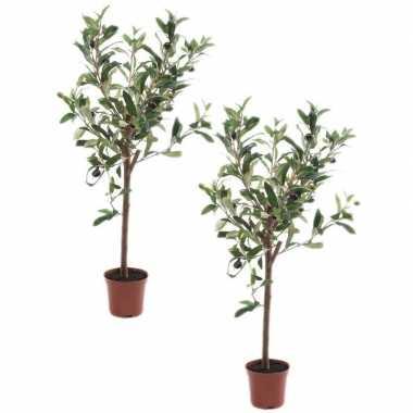 2x olijfbomen kunstplanten/kunstbomen 65 cm in kunststof plantenpot