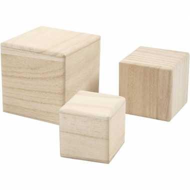 3x blokken/kubussen van blank hout