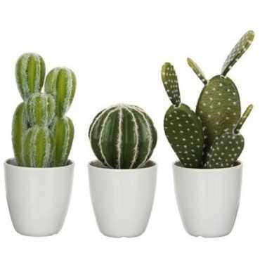 3x nep planten groene cactussen kunstplanten 28 cm met witte pot