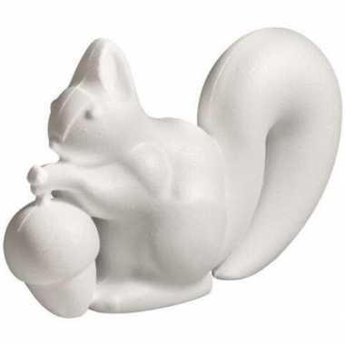 3x stuks eekhoorn met eikel van piepschuim 18 cm