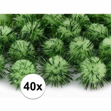 40x hobby pompons 20 mm appel groen