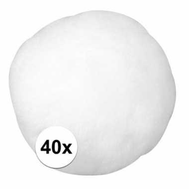 40x hobby pompons 38 mm white