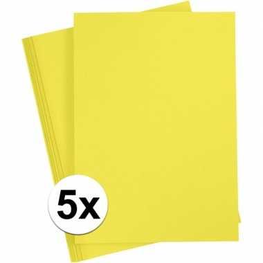 5x geel kartonnen vel a4