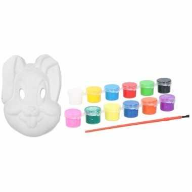Diy konijnen/hazen masker met verf