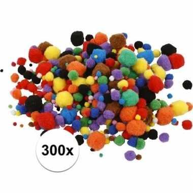 Hobby pompons 15-40 mm 300 st