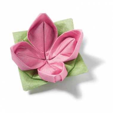Origami servetten roze bloem