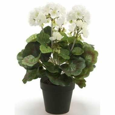 Witte kunstplant geranium plant in pot