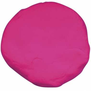 Zakje met fuchsia roze boetseerklei