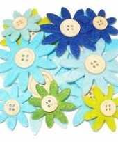 12 stuks gekleurde hobby bloemen grijs groen blauw van vilt met houten knoop