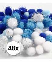 Hobby pompons 15 20 mm wit blauw